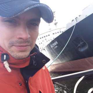 MaksimSemykin avatar