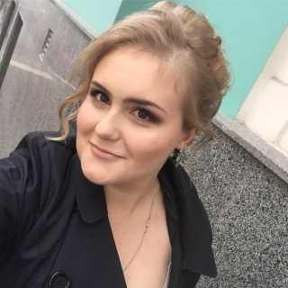 DashaEvstigneeva avatar
