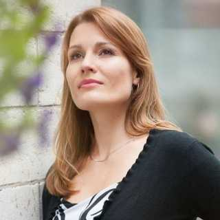 OksanaDavydova avatar