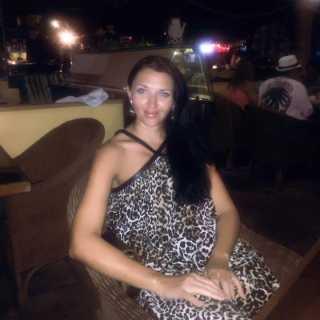 TatsiAna avatar