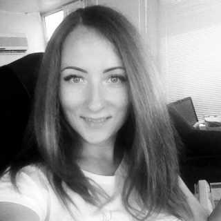OlenaTsykhovlies avatar