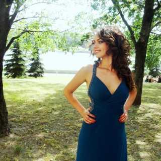 NadiaTrostyanko avatar