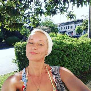 OxanaSemikopenko avatar