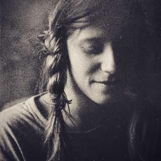 PolinaMinaeva avatar
