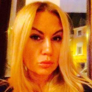 YuliaWalker avatar