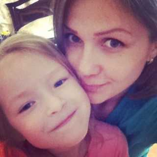 AnastasiaMezhevukh avatar