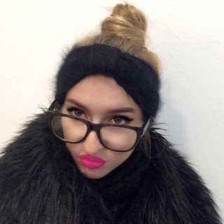 XeniaAyozba avatar