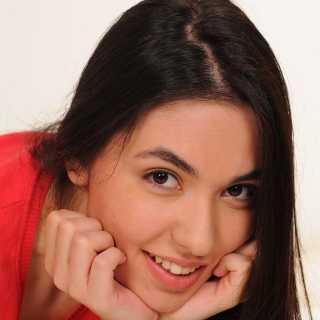 CerenCamoglu avatar