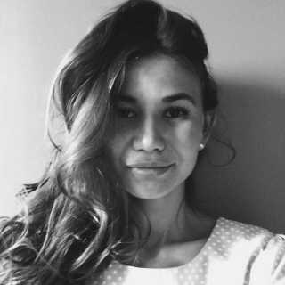 LeonellaEbel avatar