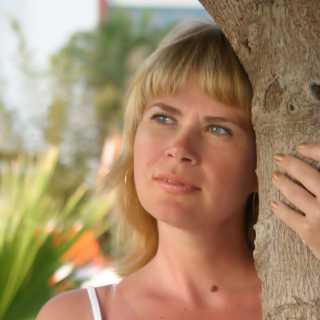 YuliaKvasnitskaya avatar