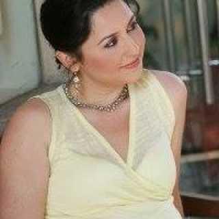 LoraGazit avatar