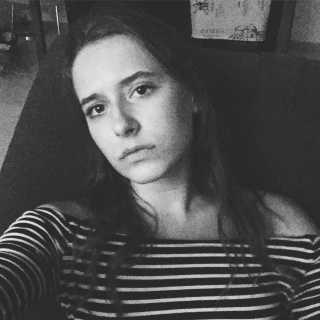 DariaHolden avatar