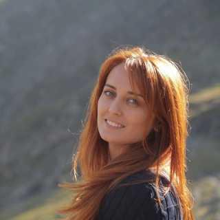 AnnaBoisteanu avatar