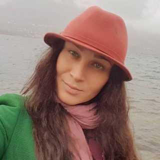 LenaSerebrennikova avatar