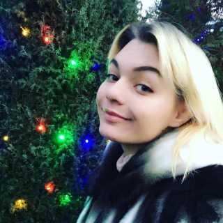 TykhomyrovaKamilla avatar