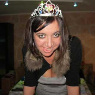 DilyaraEmiraliyeva avatar