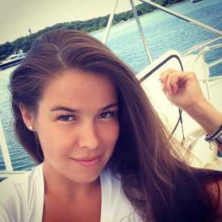 LianaParadise avatar