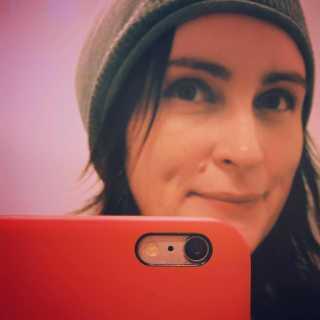 PolinaMaguire avatar