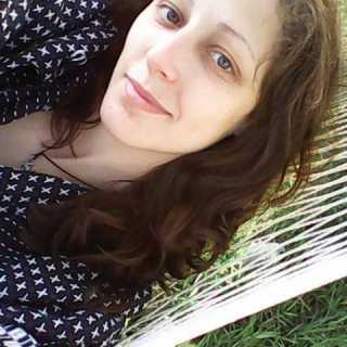 YuliaZhynovich avatar