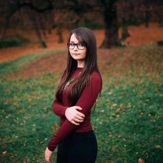 AnastasiaMarc avatar