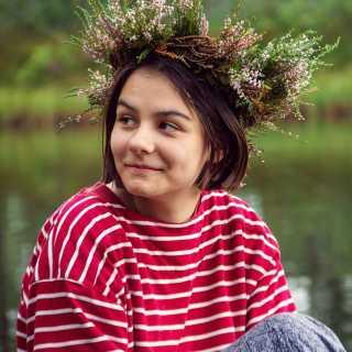 DanaMarasinova avatar