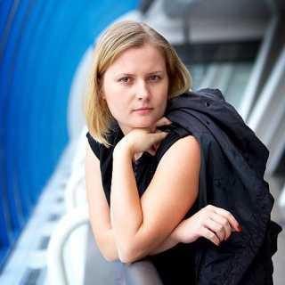 AlinaAkimova avatar