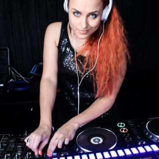 NadiaSolovova avatar