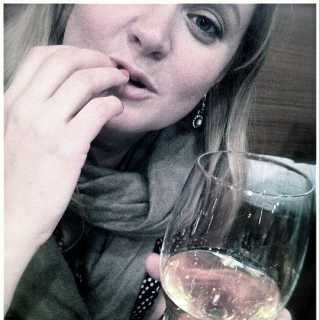 AnnaMikhalkova avatar