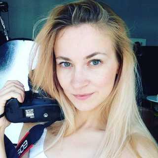 DariaKraft avatar