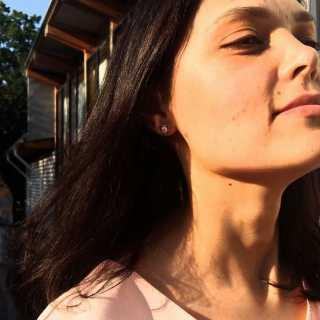 LubovBichugova avatar