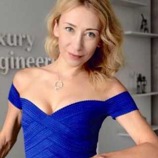 AnnaGorlova avatar