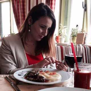 MaryMozhyna avatar