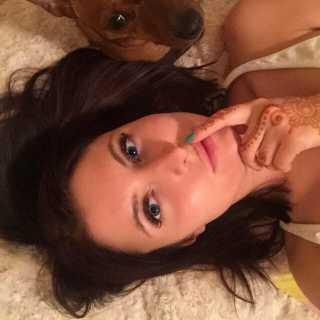 CaterinaNabokova avatar