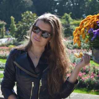 YuliyaUstinova avatar