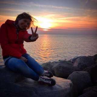 VikusikKosmatova avatar