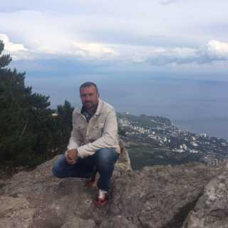 AleksandrDmitriev avatar