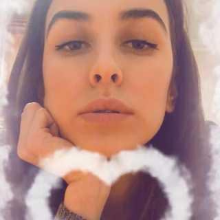 AsyaSemiletova avatar