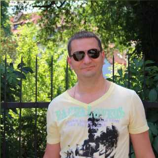 MaksimSelyuk avatar