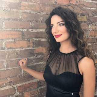 ElenaKrychkovska avatar