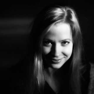 PolinaChekan avatar