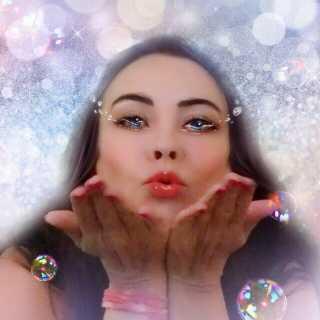 YuliaKlochkova avatar