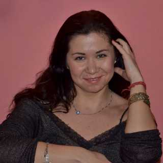 YuliaParvati avatar
