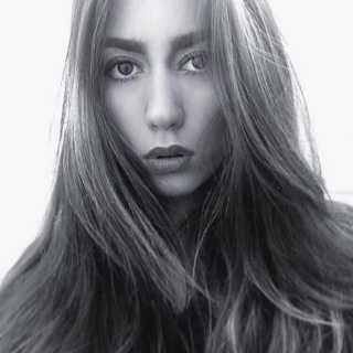Anastasia20 avatar