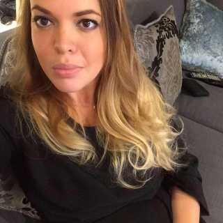 LinaBlum avatar