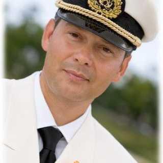 AleksanderGnutov avatar
