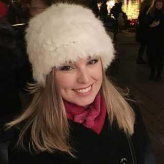 TatianaRevencoHoward avatar