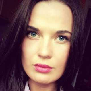 JuliaYa avatar
