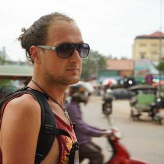 kushniras avatar