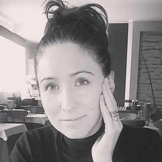 AnutaSemenova avatar