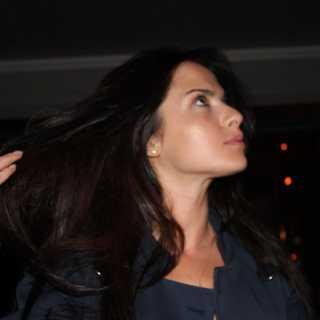 ShominaAnna avatar